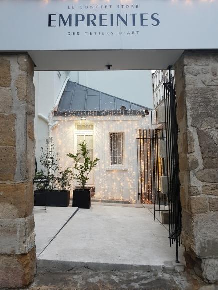 Concept store Empreintes qui acceuille des créateurs de façon éphémère. Ils sont situés au 5 rue de Picardie - 75003 Paris