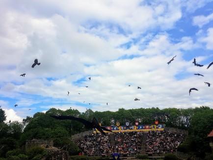 Spectacle le Bal des oiseaux fantômes du Puy du fou ©biboucheetbibouchon