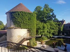 Chambre du Pigeonnier Château de Courban ©biboucheetbibouchon