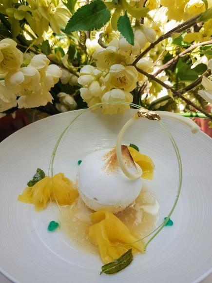 Coco Pop Crème glacée noix de coco enrobée de meringue Italienne ©biboucheetbibouchon