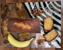 Cake au chocolat blanc, à la banane et aux raisins ©biboucheetbibouchon