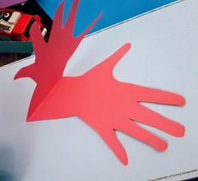 en cours de création, empreinte de main ©biboucheetbibouchon
