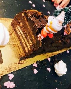Bûche au chocolat et petit beurre sans cuisson ©biboucheetbibouchon
