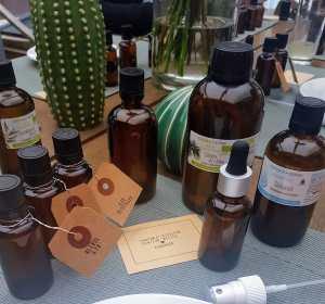 Matériels pour la réalisation d'un parfum d'ambiance ©biboucheetbibouchon