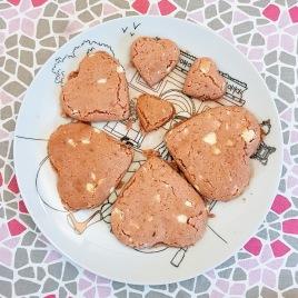 Cookies aux pépites de chocolat blanc ©biboucheetbibouchon